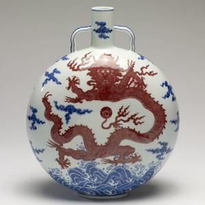 Chinese_-_Flask_-_Walters_491632_(square)