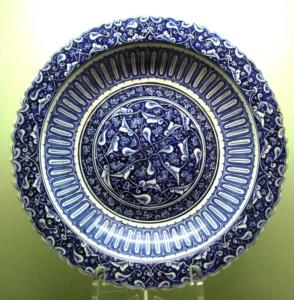 Iznik glazed pottery, ca 1480